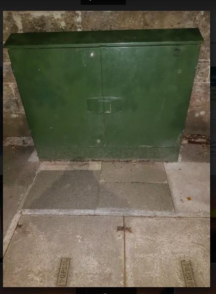 small green box.jpg