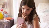 buying-a-phone-for-your-child-read-this-first-136425308542802601-180221124322