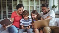 bt-parental-controls-the-free-and-easy-way-to-keep-your-children-safe-online-136426018225502601-180324145132